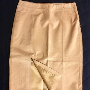 DKNY Suede Skirt like new condition